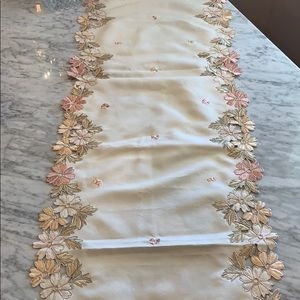 """Other - 72"""" table runner"""